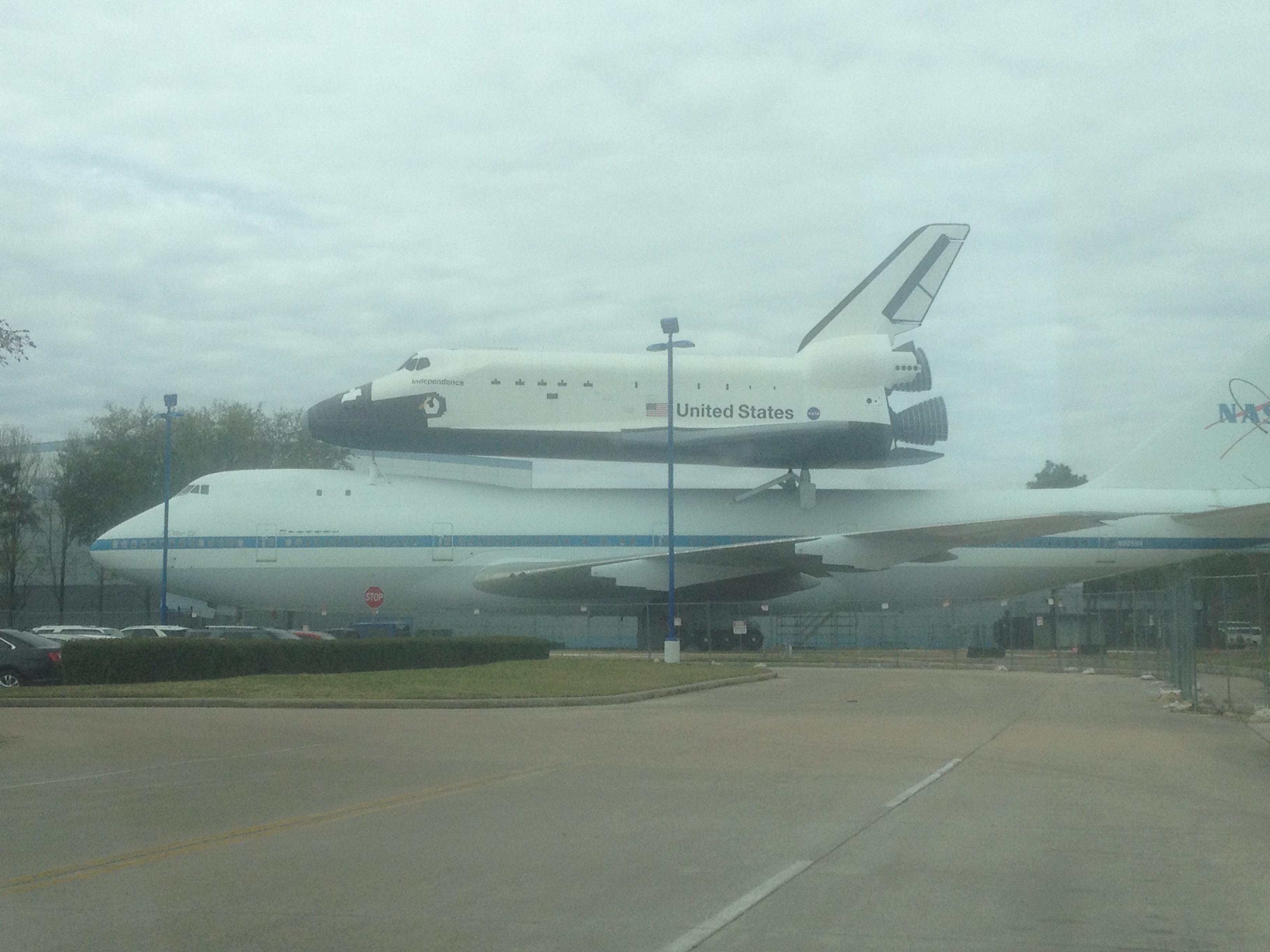 Shuttle and 747 at NASA JSC